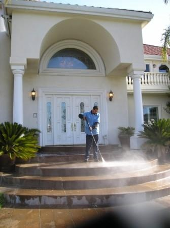 Pressure Cleaning Porch